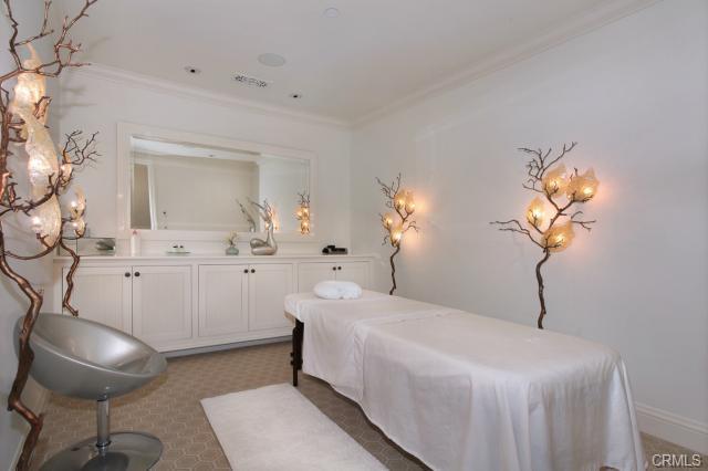 Luxury Homes in Orange County, CA